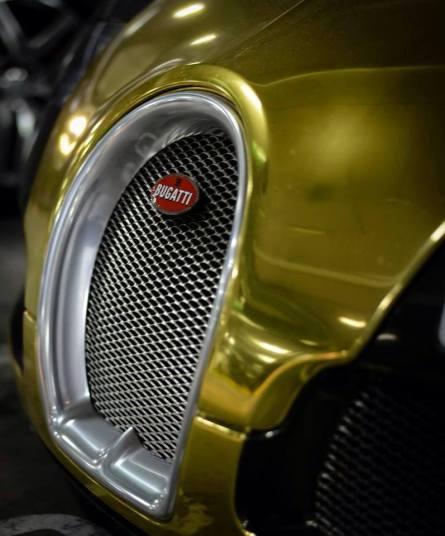 golden bugatti veyron